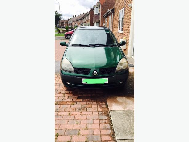 Automatic Green Renault Clio Car 1.4 For Sale! Quick sale!