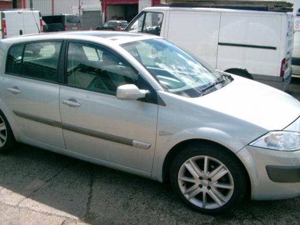 Renault Megane 1.9 dci TAX N MOT Fully loaded