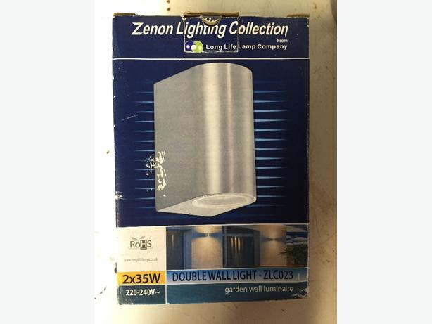 outdoor up and down wall lights x4