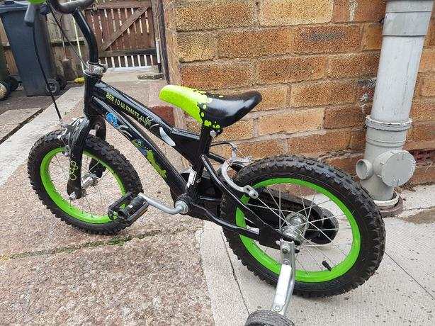 ben 10 14 inch wheel bike