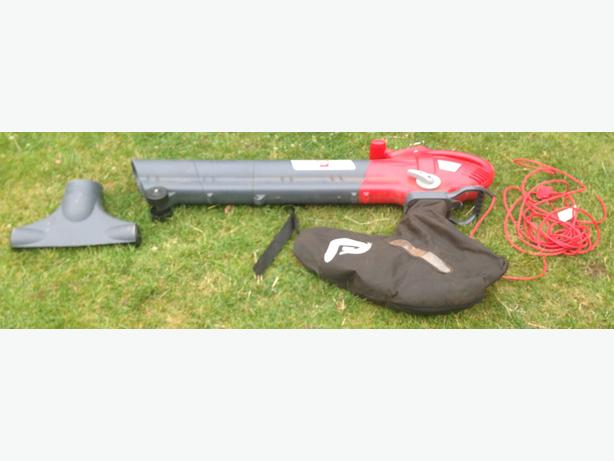 Performance power PBL 2500 electric leaf blower/vac-Used-*SOLD*