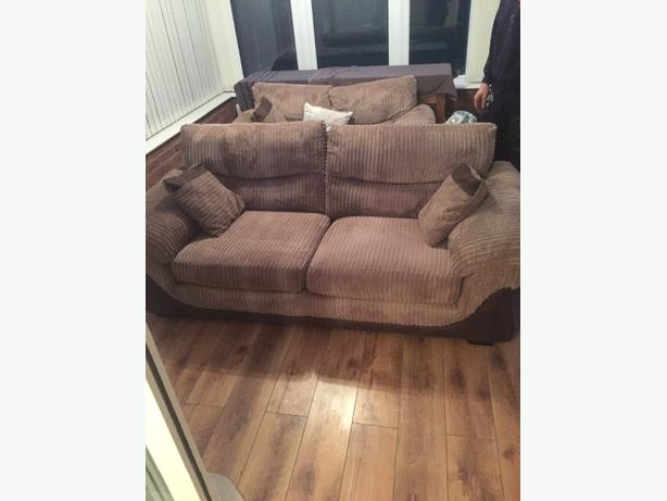 Free Delivery 2 X Mocha Dfs Sofas Great Condition Sedgley Sandwell