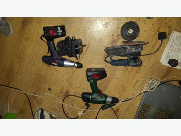 sander & 2 cordless drills