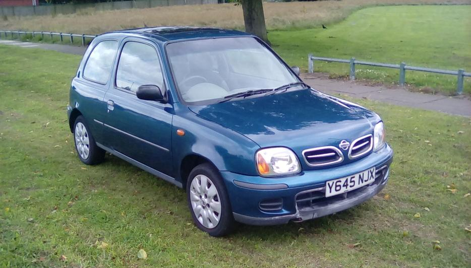 Nissan Micra 998cc 65000miles Lady Owner 9 Service Stamps