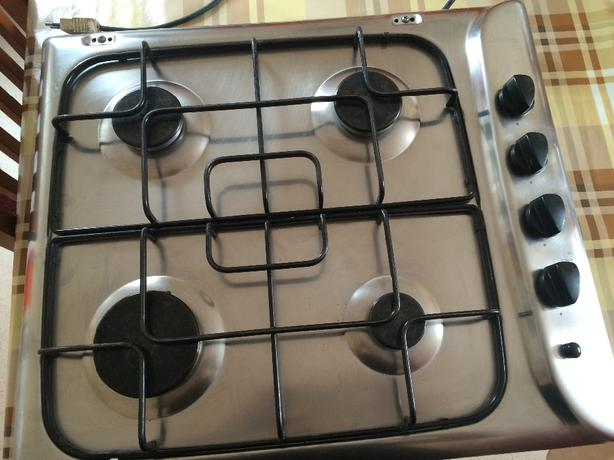 Hob with 4 burners gas good condition