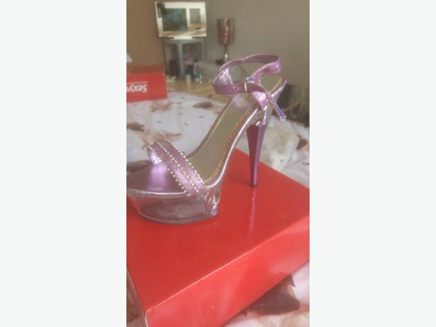 size 6 sexyca purple high heels