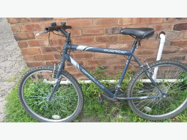 Apollo Outrider mountain bike £40