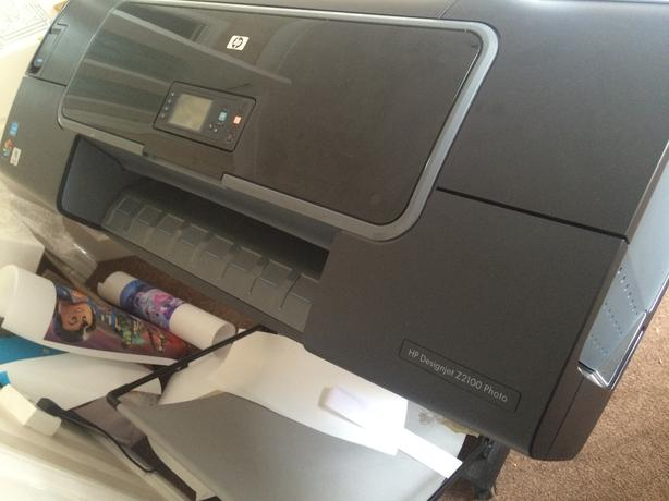 huge canvas printer nerly new