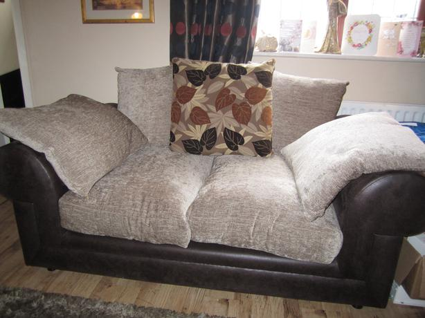 3 and 2 seater sofa's