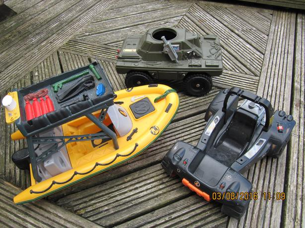 3 ACTION MAN VEHICLES