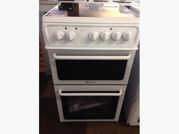 BRAND NEW HOTPOINT 50CM FAN ASSISTED ELECTRIC OVEN