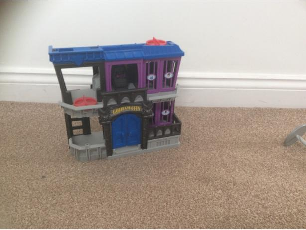 Batman jail toy house