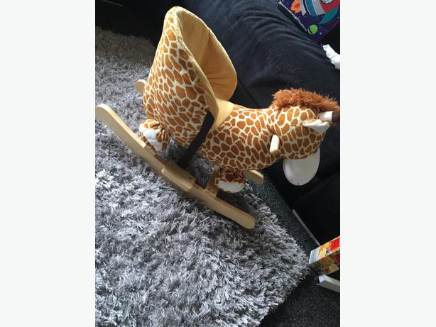 Giraffe Rock Toy