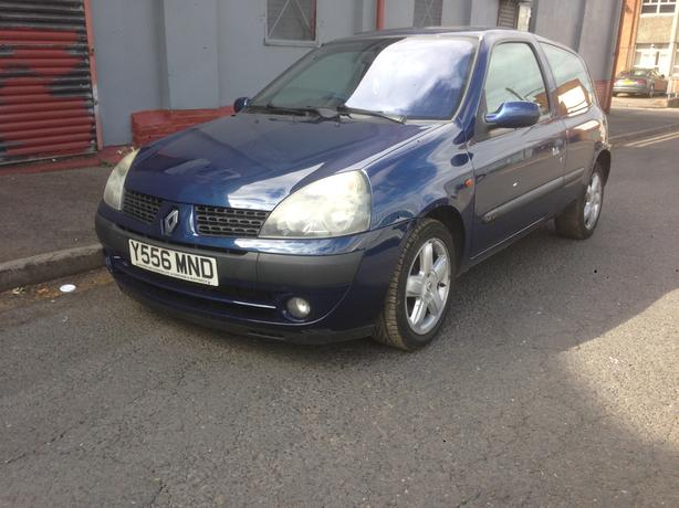 2001 Renault Clio 1.4 3 door blue
