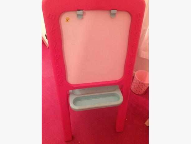 early learning centre pibk plastic easel