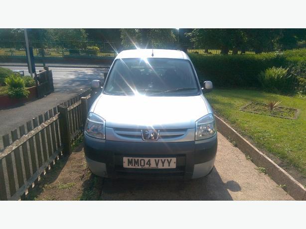 Peugeot Partner 2.0l HDI SPARES OR REPAIRS