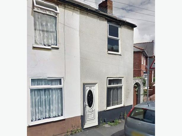 2 Bedroom House in Stourbridge on Chaple Street, DY9 8BX
