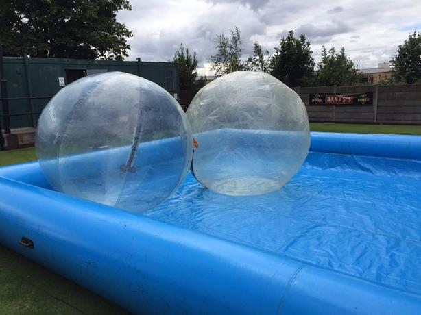 30ft x 20ft pool .. optional zorb balls hire