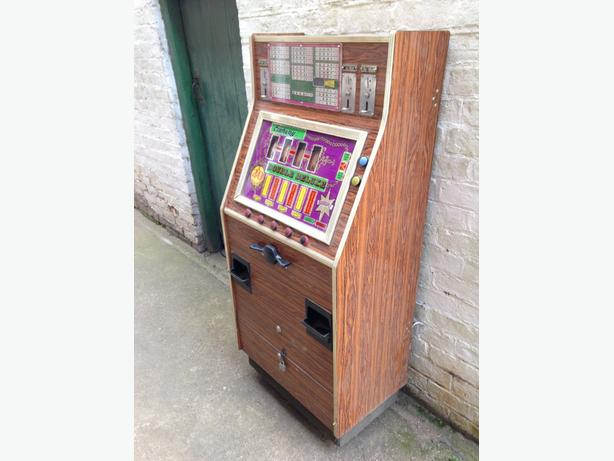 vintage fruit machine