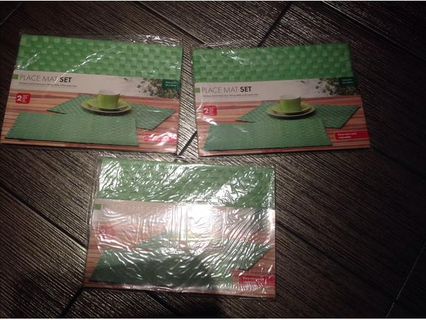 Set of 6 Green Placemats