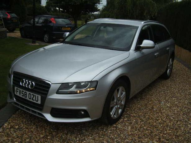 AUDI A4 AVANT 2.0 TDI (143ps) SE ONE FORMER KEEPER,58 REG