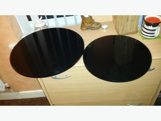 THICK BLACK PLASTIC CIRCLES