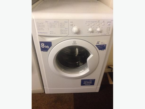 INDESIT WASHING MACHINE 4