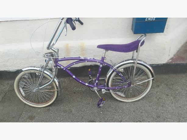 Bratz  beach cruiser girls bike £25