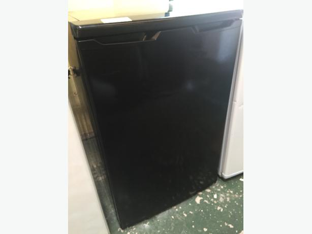 🔵🔵black fridge free delivery