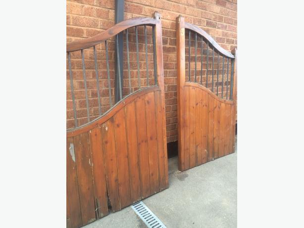 wooden drive gates