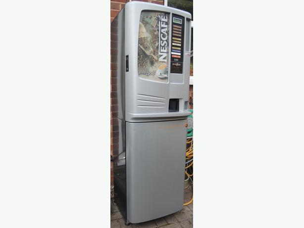 Drinks Vending Machine for Workplace or Social - Jede 800