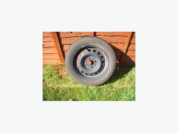 Spare wheel. Firestone tyre