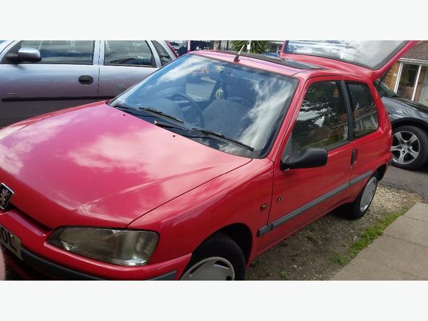 Peugeot 106 Mot till Oct