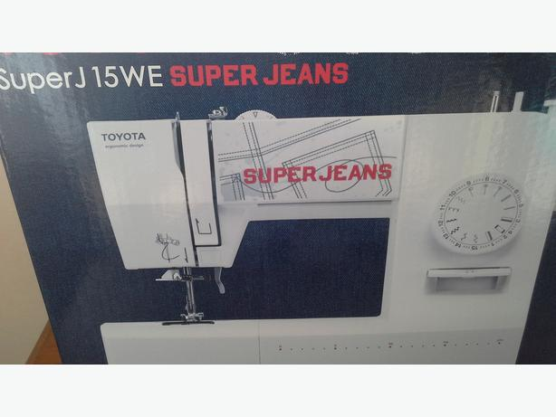 Toyota Superjeans sewing machine and extension table.