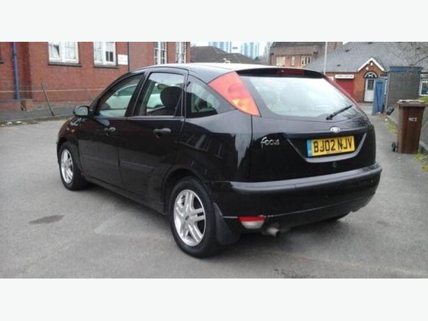 black ford focus zetec