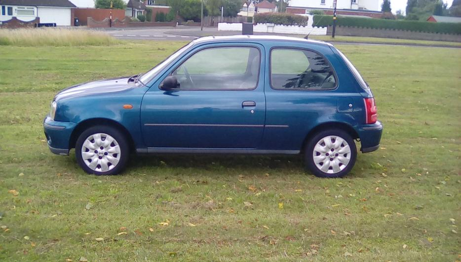 Nissan Micra 998cc 65000 Miles Lady Owner 9 Service Stamps