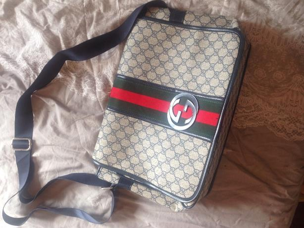 Gucci bag (womens