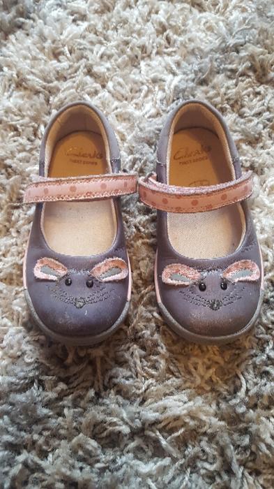 Www Clarkes Shoes Com