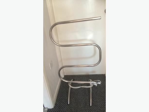 heated electric towel rail