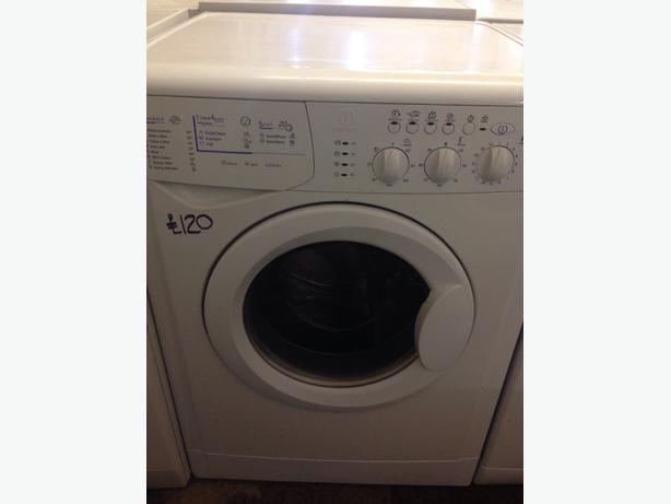 WHITE INDESIT 4KG WASHER / DRYER