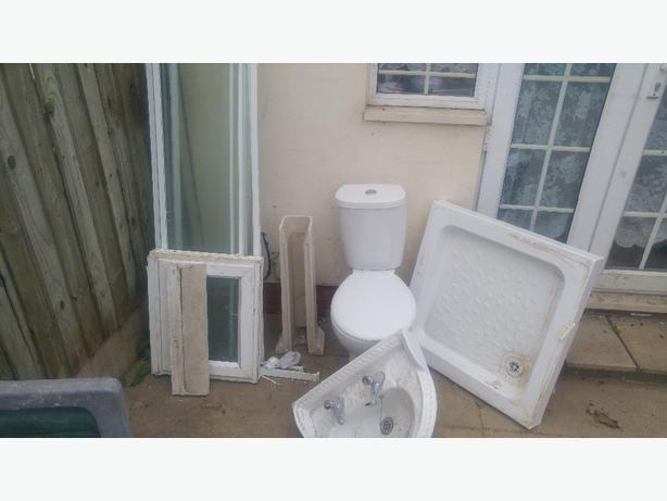 toilet set ono