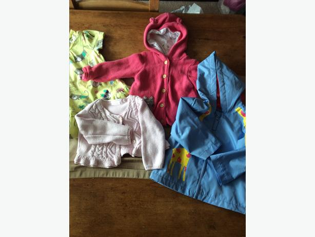 Baby clothing bundle aged 6-9 months