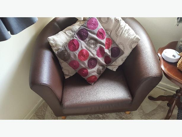 leather brown tub chair