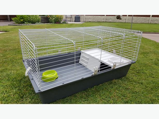Guinea pig rabbit indoor cage for sale west bromwich dudley for Guinea pig and cage for sale