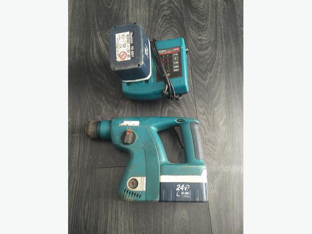 Makita 24V drill