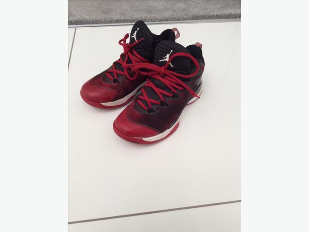Nike air Jordan red black boots