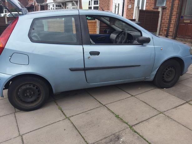 FOR TRADE: punto for another car or bike