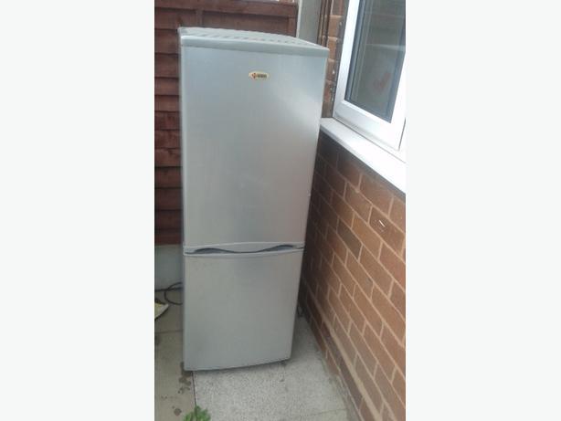 naiko fridge frezzer
