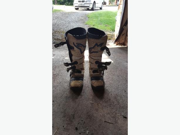 Alpinestars Size 7 MotoX Boots