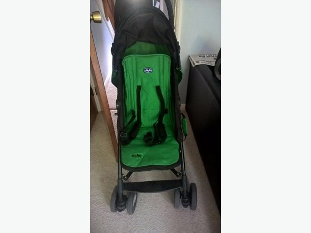 chicco echo stroller like new